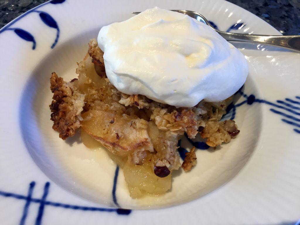 Æblekage med havregryn - masser af smag. Sisterfood.dk